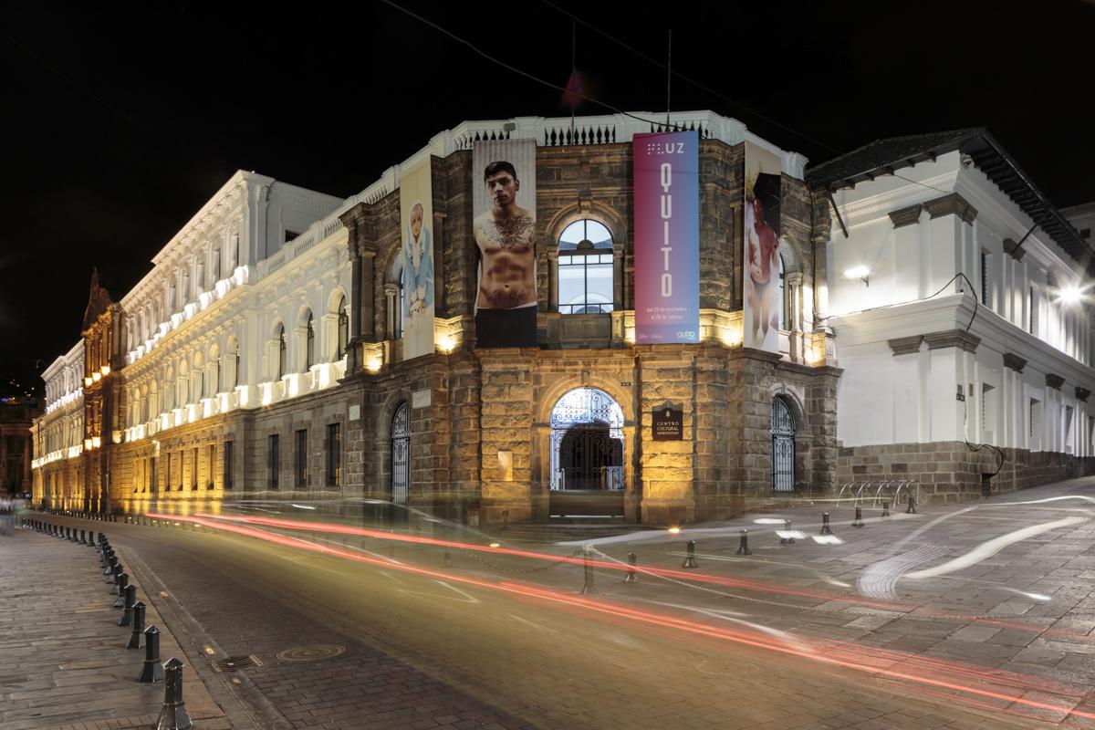 xposición colectiva FLUZ Quito, Secretaría de Cultura de Quito, 2015, Ecuador. Curaduría de Claudi Carreras.